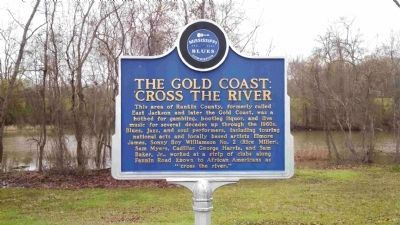 The Gold Coast: 'Cross the River Marker (Front Side) image. Click for full size.