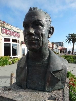 John Steinbeck bust image. Click for full size.