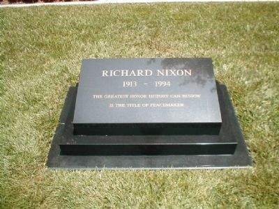 Grave Headstone of Richard Milhous Nixon image. Click for full size.