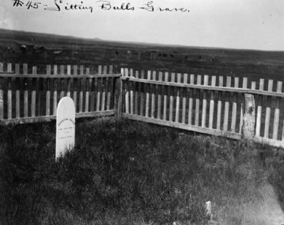 <i>Sitting Bulls Grave</i> image. Click for full size.