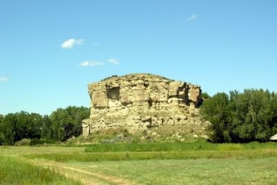 Pompeys Pillar image. Click for full size.