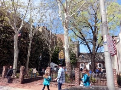 Betsy Ross Courtyard image. Click for full size.