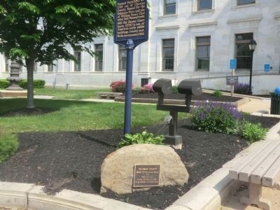 Delaware County-Stone-Bronze plaque at the base image. Click for full size.