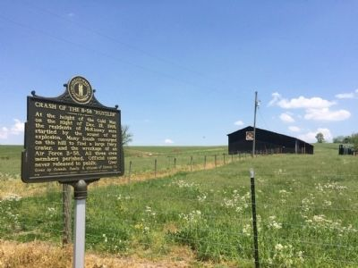 "Marker and ""tobacco"" barn in background. image. Click for full size."