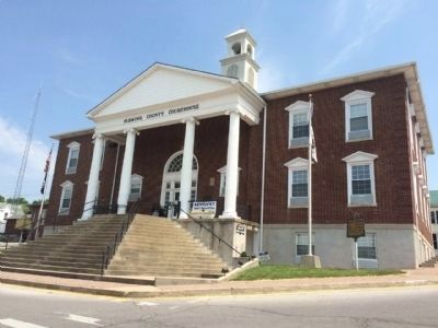 Fleming County Courthouse image. Click for full size.