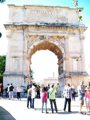 Arch of Titus / Arco di Tito East Facade image. Click for full size.