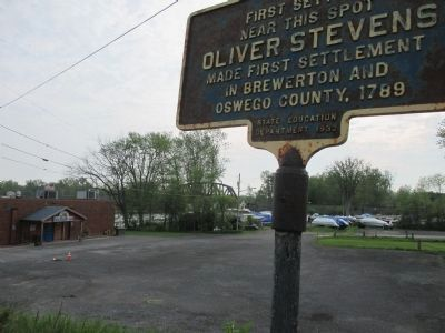 Marker & Oneida River image. Click for full size.