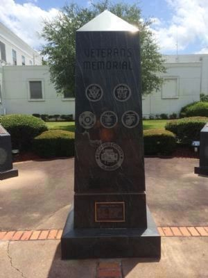 Escambia County Veterans Memorial Marker (West) image. Click for full size.