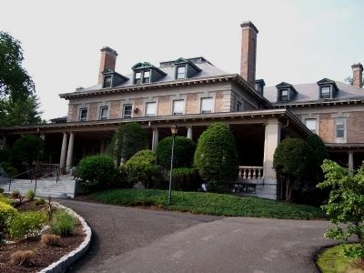 Montebello Mansion (from the southeast) image. Click for full size.
