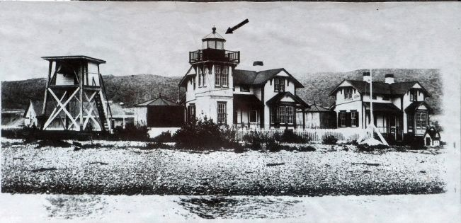 The Old Ballast Point Lighthouse image. Click for full size.