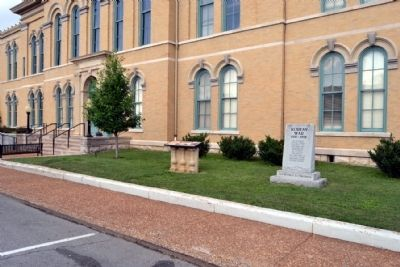 Robertson County Courthouse Marker<br>and Korean War Memorial image. Click for full size.