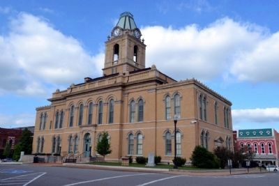 Robertson County Courthouse image. Click for full size.