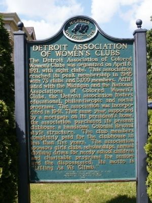 Detroit Association of Women's Clubs Marker image. Click for full size.