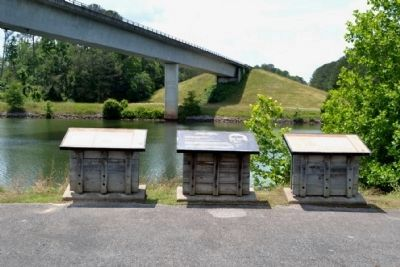 Markers at Tennessee - Tombigbee Waterway Turnoff image. Click for full size.