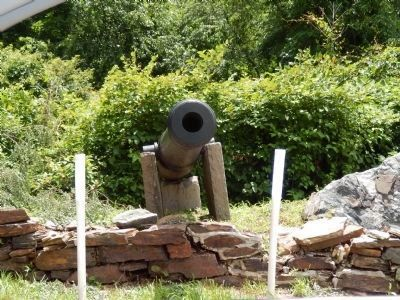 Civil War Cannon image. Click for full size.