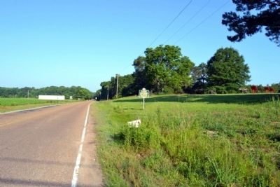 View to West Along Old Port Gibson Road image. Click for full size.