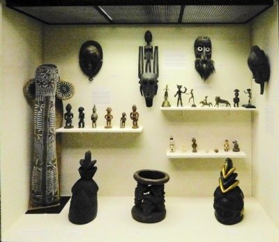 African Artifacts image. Click for full size.