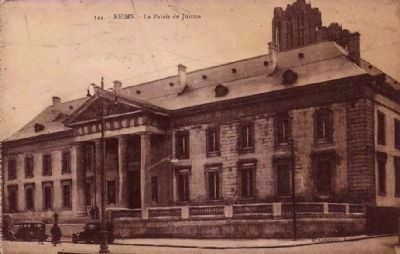 <i>Reims - Palais de Justice </i> image. Click for full size.