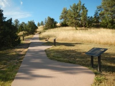 The path to the Oregon Trail Ruts. image. Click for full size.