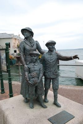 Annie Moore Statue image. Click for full size.