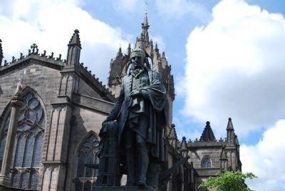 Adam Smith Statue image. Click for full size.