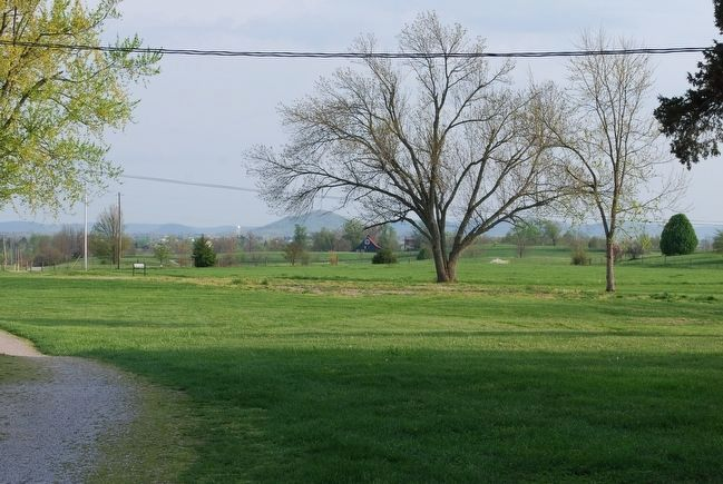 Confederate location at Pleasant View Farm can be seen in distance image. Click for full size.