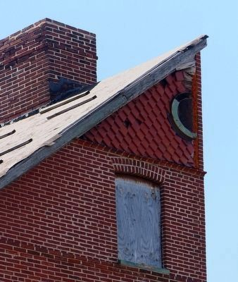 Half Gable image. Click for full size.