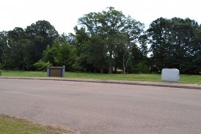 French Camp Marker and D.A.R. Memorial image. Click for full size.