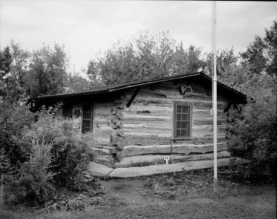 <i>SOUTHWEST PERSPECTIVE. - Theodore Roosevelt Maltese Cross-Ranch Cabin, Roosevelt State Park</i> image. Click for full size.