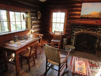 Inside the Maud Noble Cabin image. Click for full size.
