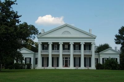 Madewood Plantation House image. Click for full size.