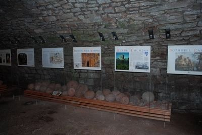 Interpretive Signs describing the History of Bothwell Castle image. Click for full size.