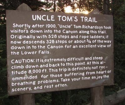Uncle Tom�s Trail Marker image. Click for full size.