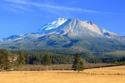 Mount Shasta image. Click for full size.
