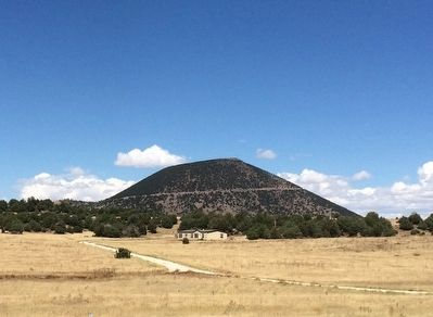 Capulin Volcano image. Click for full size.