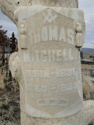 Gravestone for Thomas Mitchell image. Click for full size.