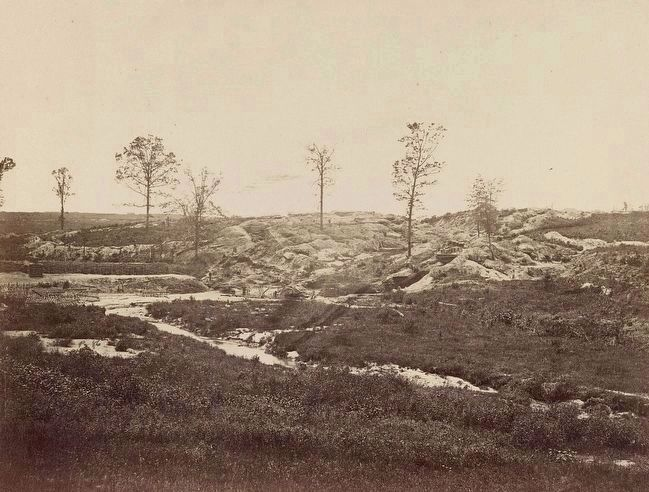 <i>Confederate fortifications at Gracie&#39;s Salient in front of Petersburg, Va.</i> image. Click for full size.