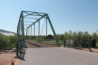 The Historic Green Bridge image. Click for full size.