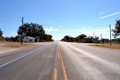 View to Southeast Along US 183 image. Click for full size.
