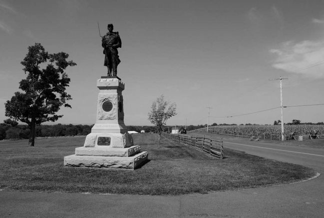 124th Pennsylvania Volunteer Infantry Monument<br>Looking North Along Dunker Church Road image. Click for full size.