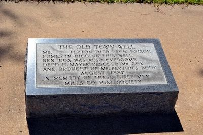 The Old Town Well Marker image. Click for full size.