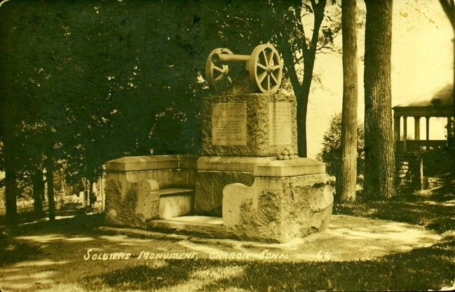 <i>Soldiers&#39; Monument, Sharon, Conn.</i> image. Click for full size.