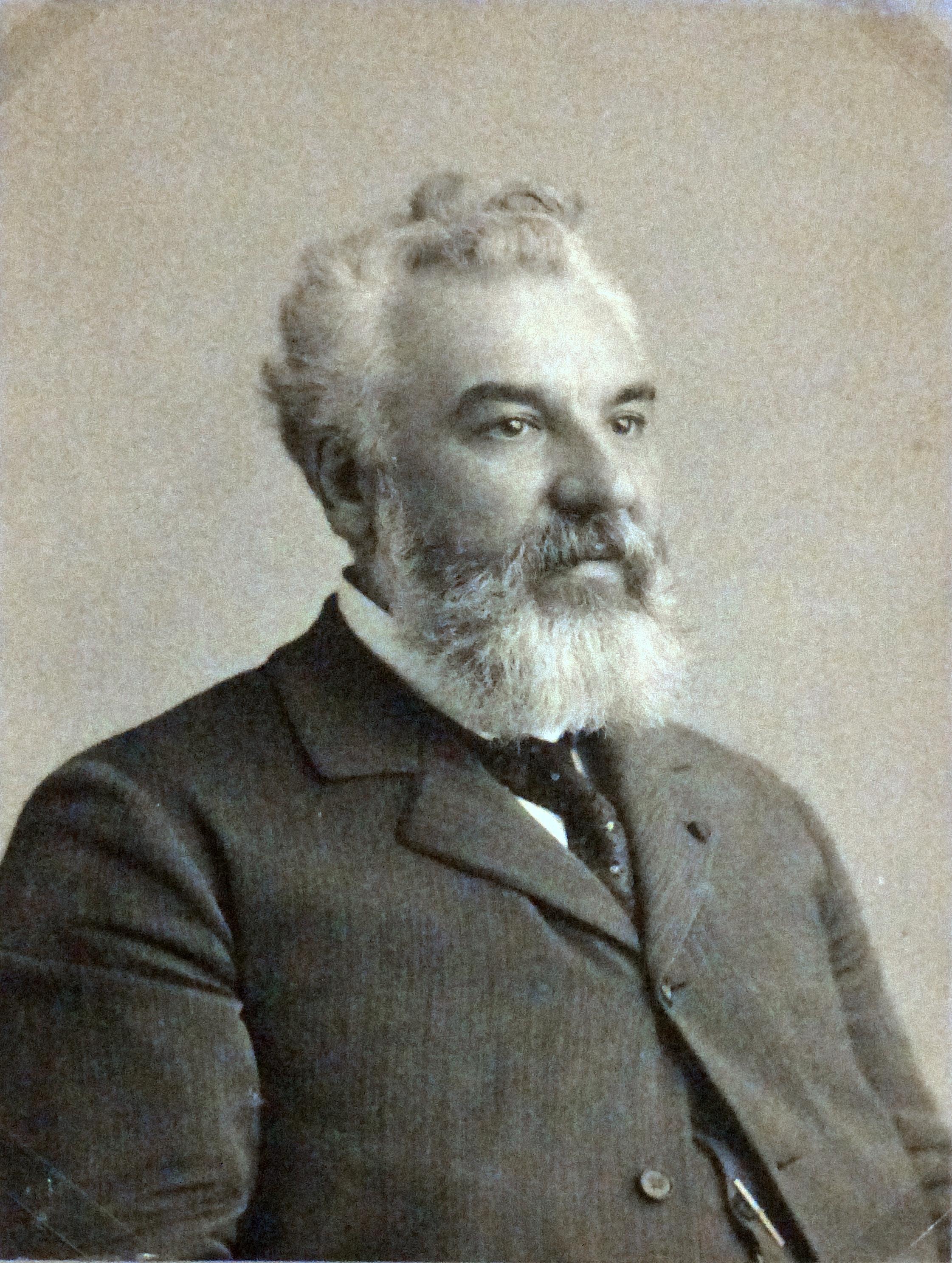 Alexander graham bell images Alexander Graham Bell Biography - Biography