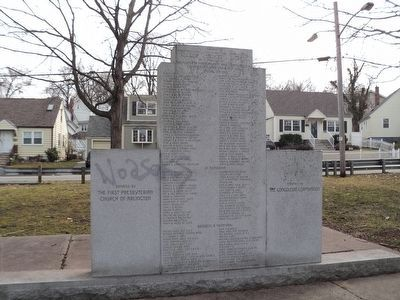 Back of Scottish American Monument image. Click for full size.