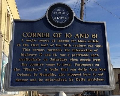 Corner 10 & 61 Marker image. Click for full size.
