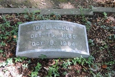 Ida Langdon Tombstone<br>October 15, 1880<br>October 9, 1964 image. Click for full size.