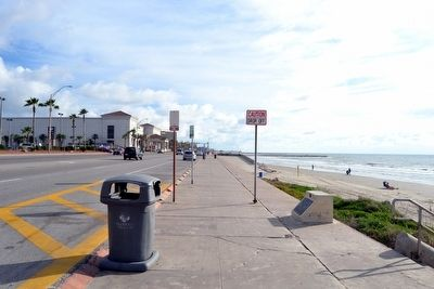 View to Northeast Along Seawall Boulevard image. Click for full size.