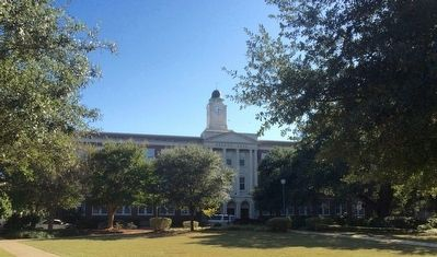 Looking from marker area towards Nelson Hall. image. Click for full size.