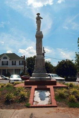 Warren County Confederate Monument image. Click for full size.
