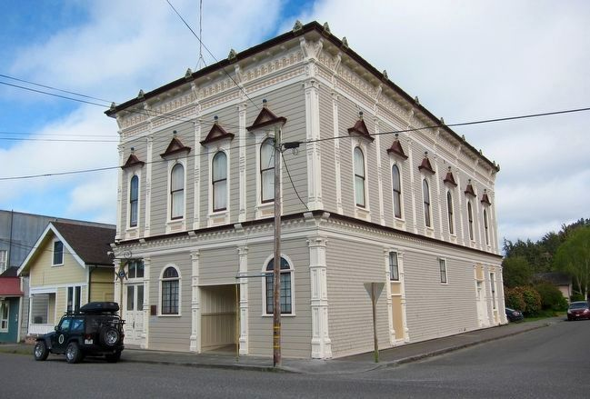 Ferndale Masonic Hall and Marker image. Click for full size.